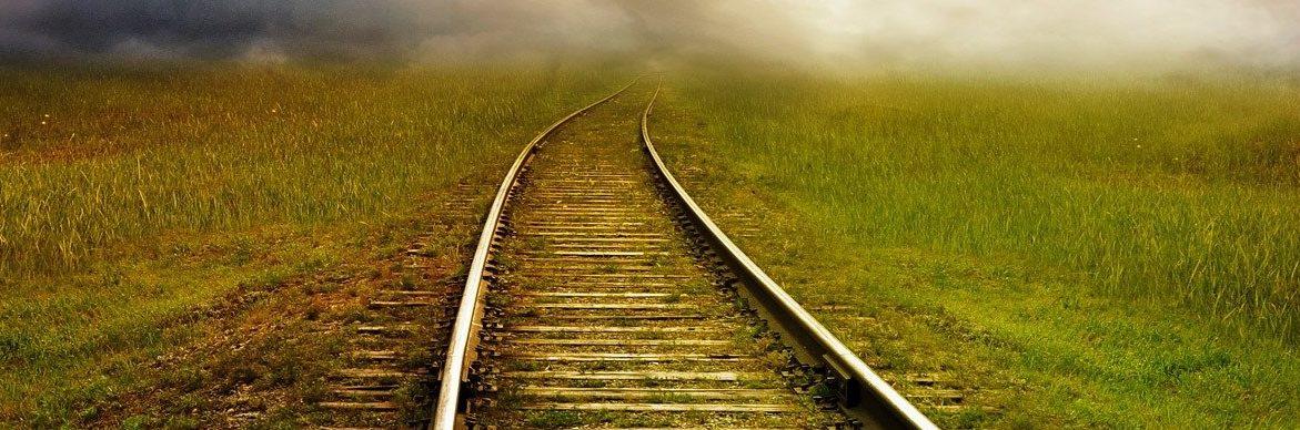 Bild für Blogbeitrag: Gleise in die Ferne